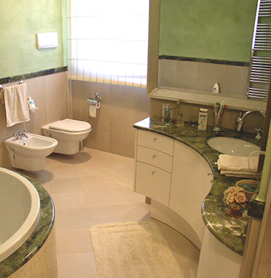 Bagno in Marmo Verde Ming